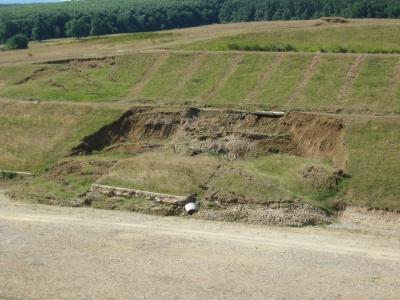 alunecari de teren pe autostrada