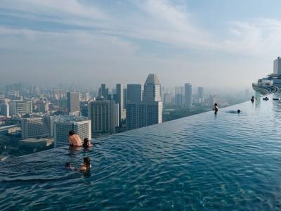 infinity-pool-singapore-chen_46147_990x742
