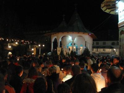 pasti 2012 oradea manastirea sfintei cruci