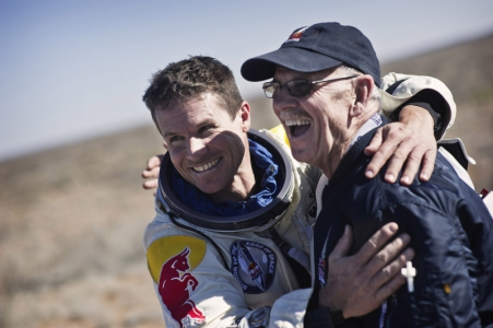 Red Bull Stratos - Manned one flight