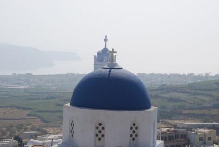 cupole-in-santorini