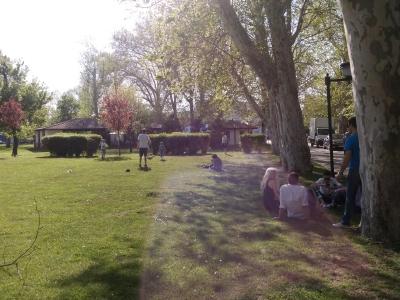 parcul din jurul arenei BNR