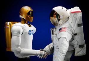 R2 va lucra cu astronautii