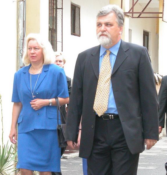 Valeria si Petru Filip, la alegerile locale din 2004, cand Filip a castigat Primaria Oradea a doua oara