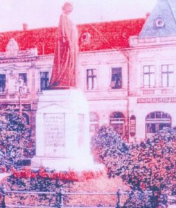 statuia Reginei Maria de la Oradea, din perioada interbelica