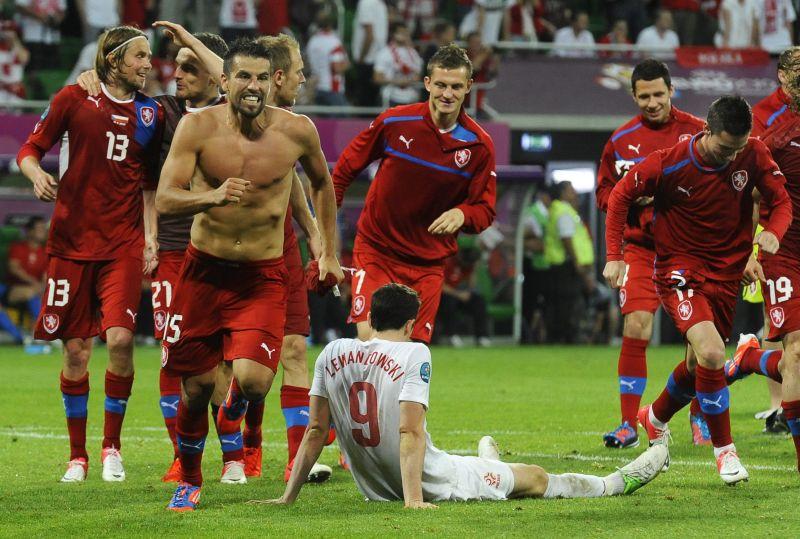 Cehii au rapus Polonia