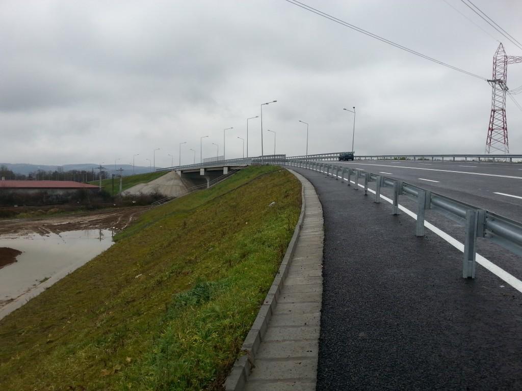 Pasajul de peste calea ferată va scoate Centura în afara oraşului, pe direcţia Cluj