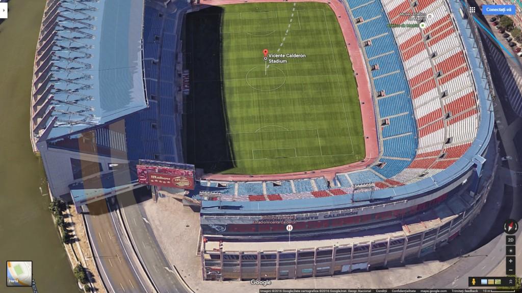Estadio Vicente Calderon din albia râului Manzanares este subtraversat de o autostradă