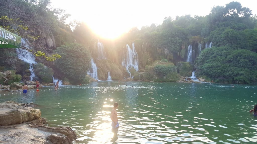 Kravica waterfall late in the afternoon Foto: CalinCorpas.ro
