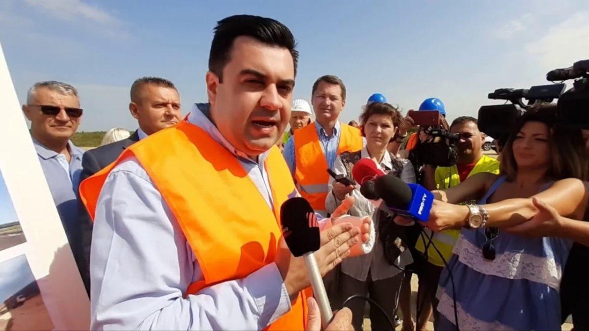VIDEO | Selina – Trameco muncește de zor | Ministrul Cuc acuză Strabag că blochează autostrada A3, în Bihor!